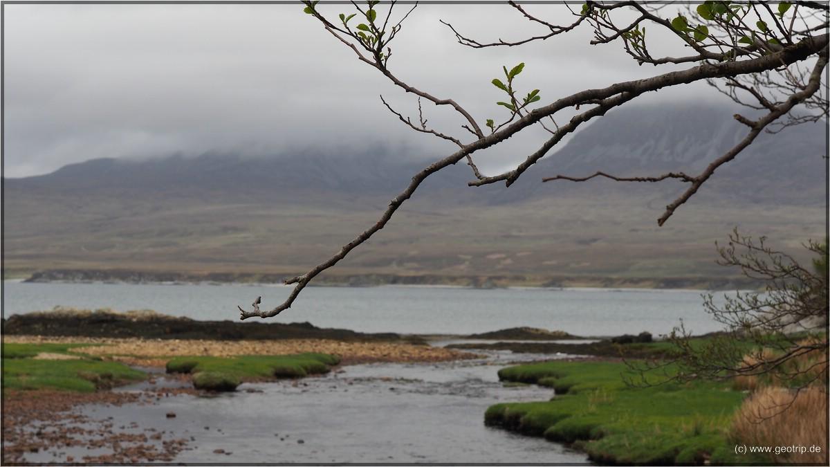 Typisches Islay Foto - schöne Landschaft, schlechtes Wetter