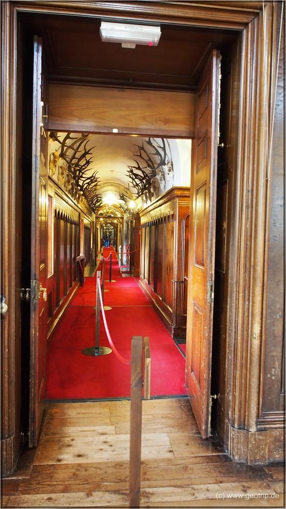 Verbotenes Foto in den Gang, die Räume sind noch viel schöner ausgestattet