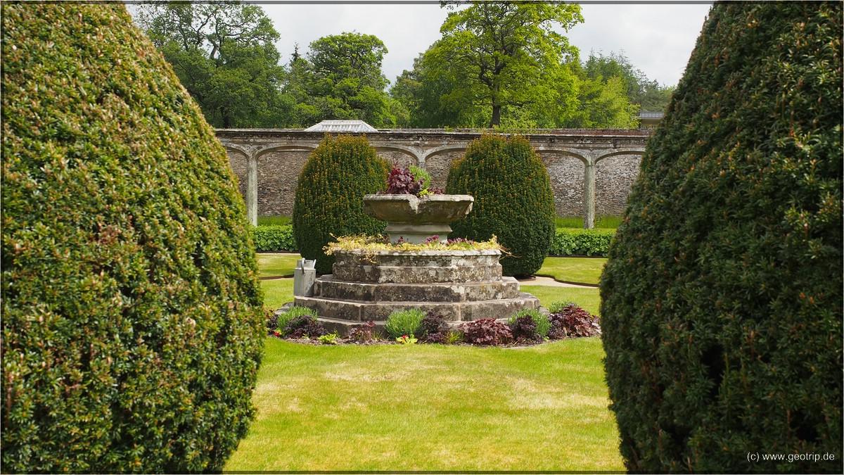 Brunnen im Lustgarten