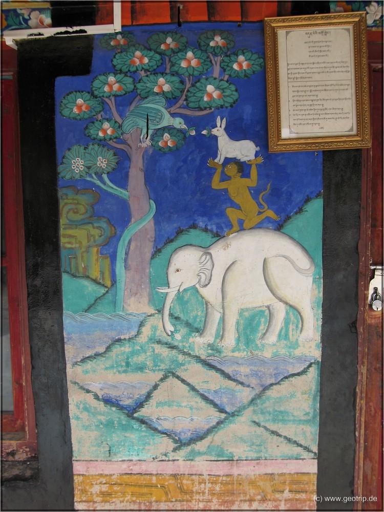 kitschige Malereien im Inneren