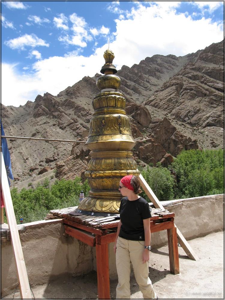 eine Stupa? eine Gebetsmühle