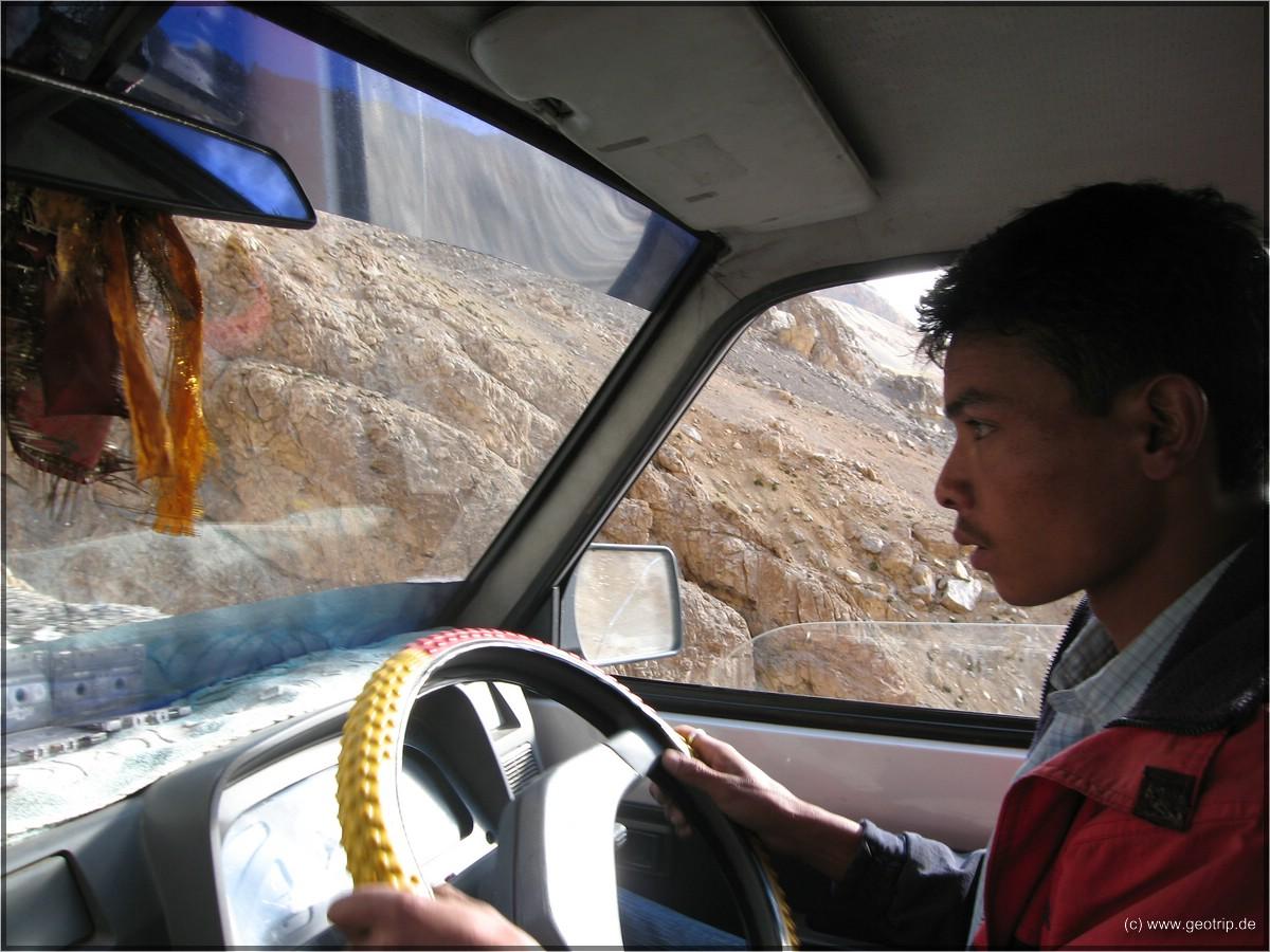 Unser Fahrer, 17h, 4000 Höhenmeter, onestop