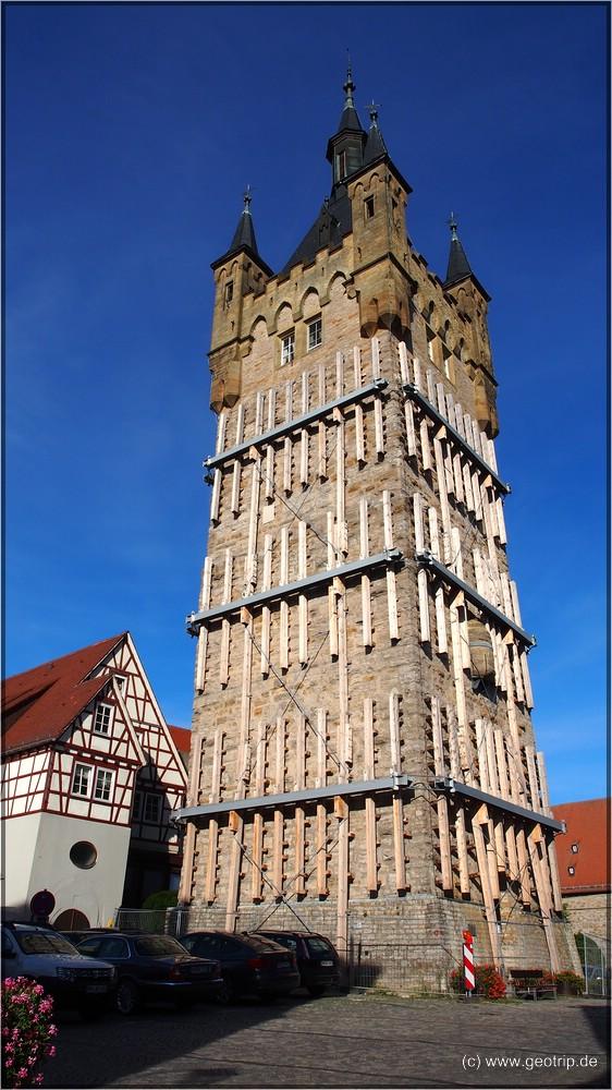 Der Blaue Turm ist zurzeit etwas bandagiert