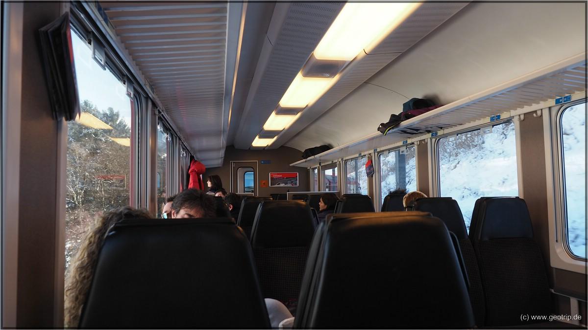Im Zug!