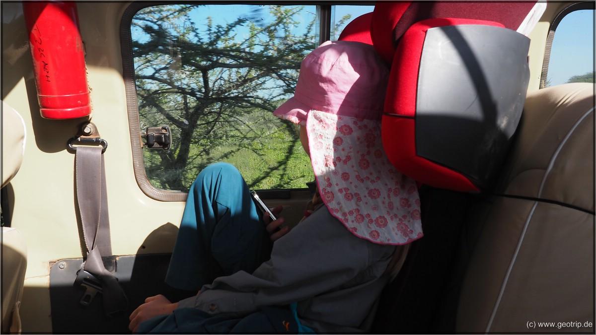 Mara hat beste Aussicht - wir haben extra ihren Kindersitz mitgebracht