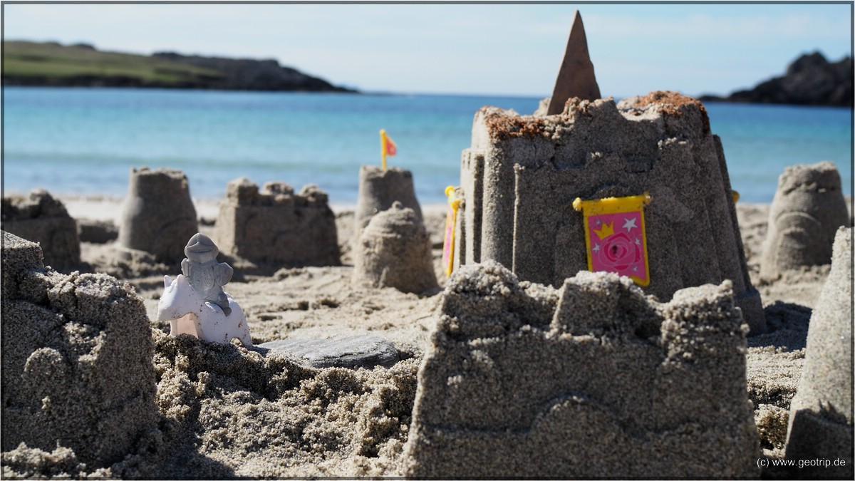 und natürlich eine Sandburg gebaut