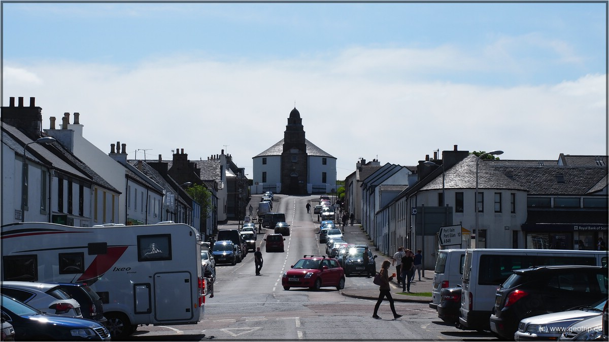 Bowmore mit der Round Church