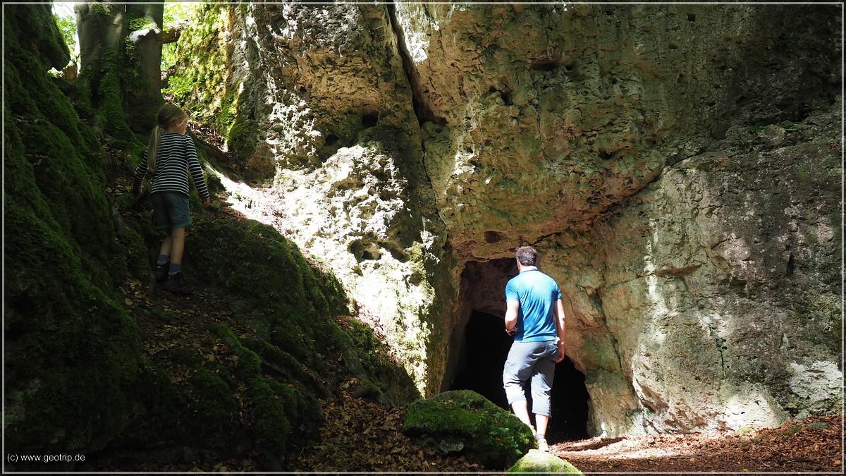 Die erste Höhle des tages